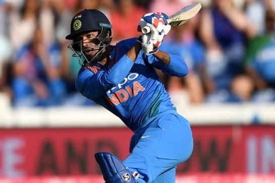 न्यूजीलैंड के खिलाफ आखिरी वनडे में हार्दिक पांड्या की तूफानी पारी, एक के बाद एक लगाए 5 छक्के Images
