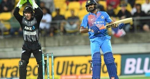 भारत के खिलाफ पहले टी20 में कीवी गेंदबाजों ने ऐसा कमाल कर बनाया रिकॉर्ड, पहली दफा हुआ ऐसा Images