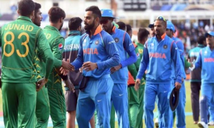 पुलवामा में आतंकी हमले के विरोध में वर्ल्ड कप में भारत - पाकिस्तान मैच होने पर मंडराया संकट Images