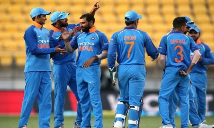 5वें वनडे में भारत की 35 रनों से जीत, जीत के साथ ही भारतीय टीम ने वनडे क्रिकेट में किया दूसरी दफा ऐस