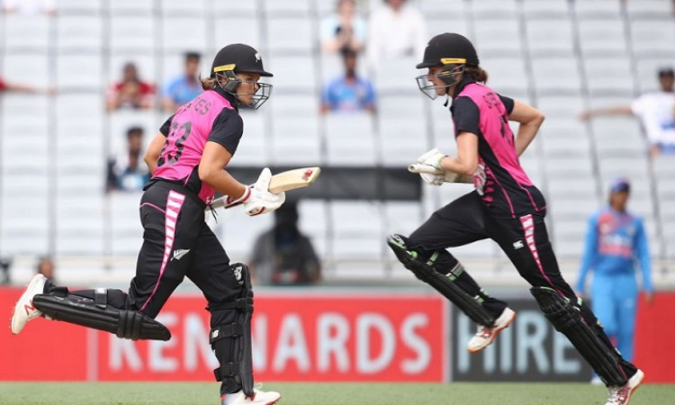 New Zealand Women win a last-ball thriller at Eden Park Images