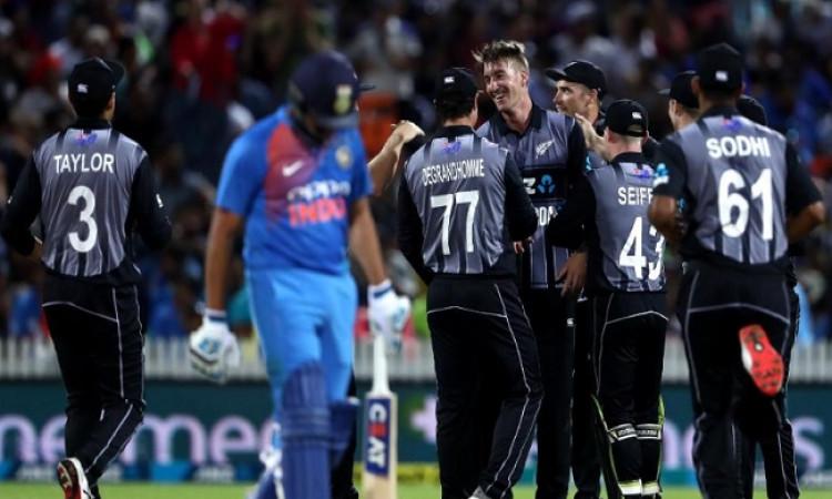 3rd T20I: Kiwis beat India to claim series Images
