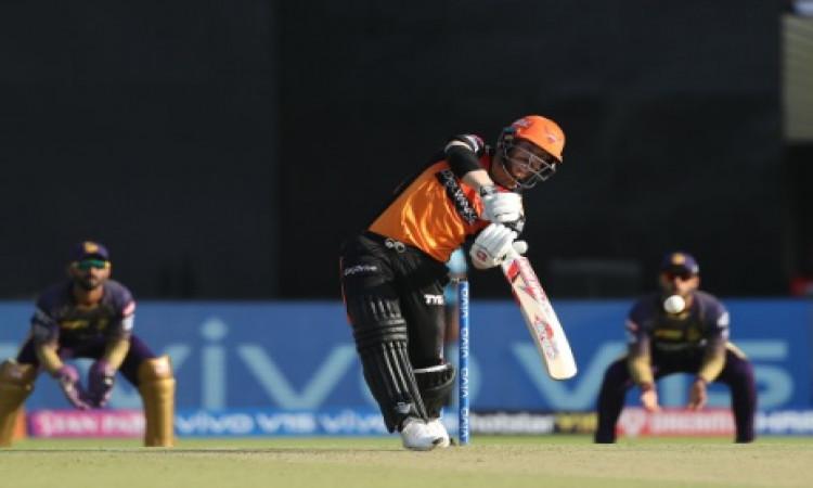 IPL 2019 Match 2:  आईपीएल में डेविड वॉर्नर की धमाकेदार वापसी, तूफानी अर्धशतक ठोक बना दिया यह खास रिक