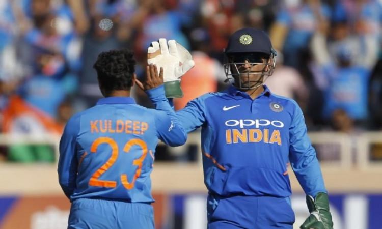 BREAKING अगले 2 वनडे मैचों के लिए धोनी को दिया गया आराम, ऋषभ पंत को मिलेगा मौका Images