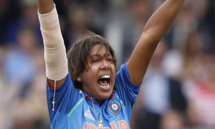 झूलन गोस्वामी महिला वनडे गेंदबाजी रैंकिंग में इस नंबर पर पहुंची Images