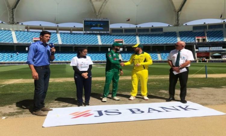 4th ODI: ऑस्ट्रेलिया के खिलाफ पाकिस्तान ने जीता टॉस, पहले फील्डिंग करने का फैसला, प्लेइंग XI Images
