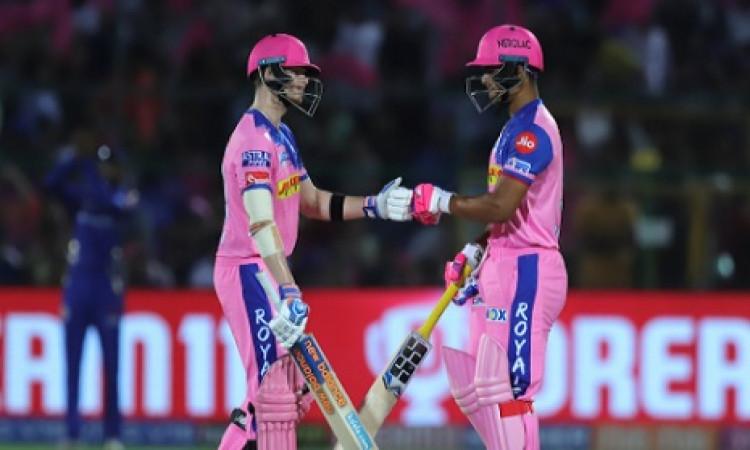 IPL 2019: स्टीव स्मिथ और युवा रेयान पराग की पारी के दम पर राजस्थान ने मुंबई को 5 विकेट से हराया Imag
