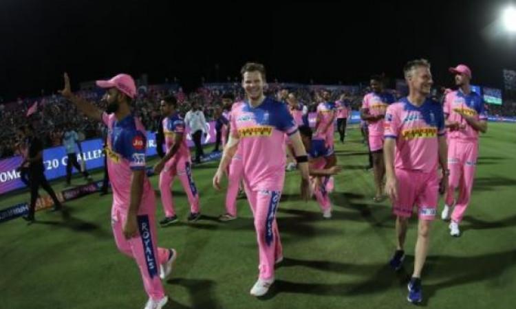 हैदराबाद से जीत के बाद राजस्थान कप्तान स्टीव स्मिथ हुए इमोशनल, कही ऐसी दिल जीतने वाली बात Images