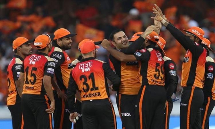 IPL 2019 Match 16: DC के खिलाफ SRH की टीम इन खिलाड़ियों के सहारे उतरेगी मैदान पर, संभावित XI Images