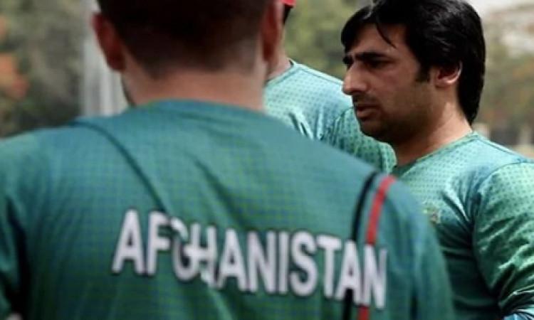 अफगानिस्तान क्रिकेट बोर्ड ने किया ऐलान, स्पिनरों के बाद अब दिग्गज तेज गेंदबाजों की तलाश शुरू Images