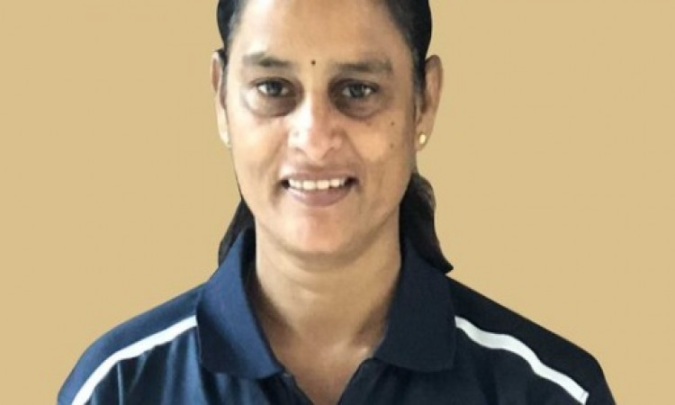 आईसीसी की पहली महिला मैच रेफरी बनी भारत की लक्ष्मी Images