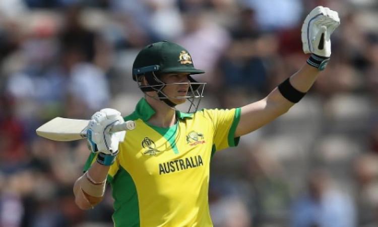 अभ्यास मैच में स्टीव स्मिथ ने खेली शतकीय पारी, इंग्लैंड को मिली 12 रनों से हार Images