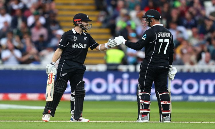 Kane Williamson and from Colin de Grandhomme
