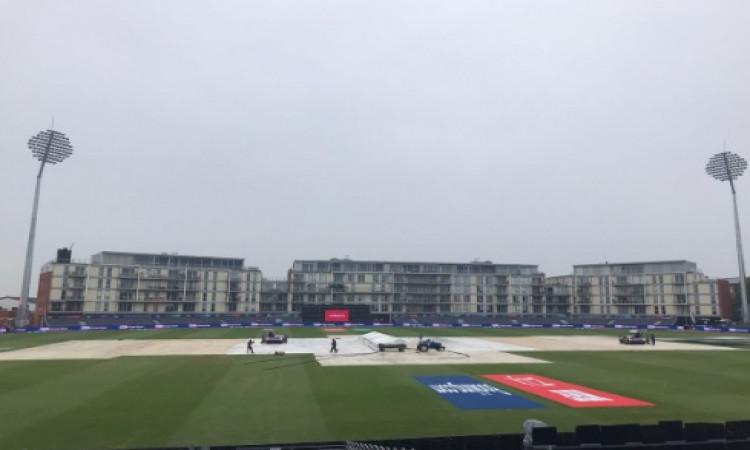 बारिश के कारण श्रीलंका- पाकिस्तान मैच रद्द, पॉइंट्स टेबल में दोनों टीमों को मिला यह फायदा Images