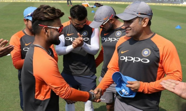 Dhoni asked not to retire while team grooms Pant Images