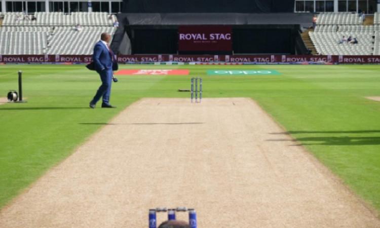 भारत की हार के बाद दूसरे सेमीफाइनल में फैन्स नहीं दिखा रहे हैं उत्साह Images