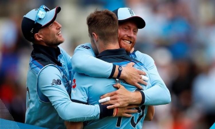 इंग्लैंड ने ऑस्ट्रेलिया को 8 विकेट से हराया, फाइनल में किया प्रवेश, 1992 के बाद पहली बार इंग्लैंड खे