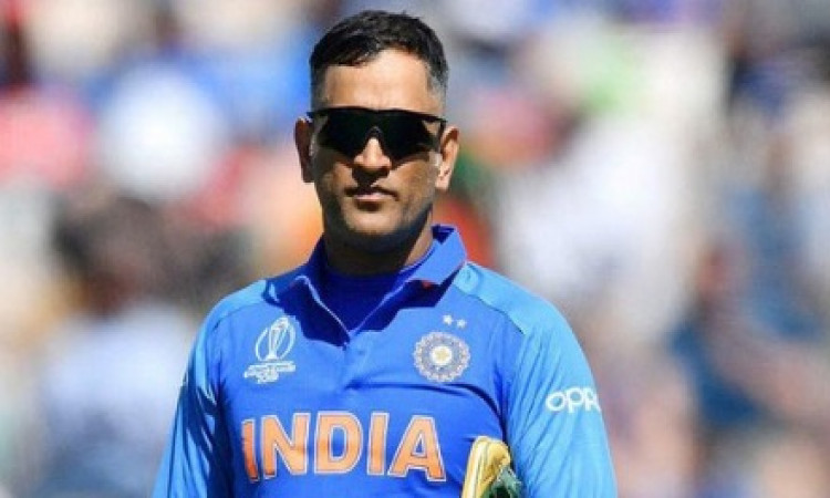 Dhoni ends mystery, takes 2-month sabbatical to join army regiment Images