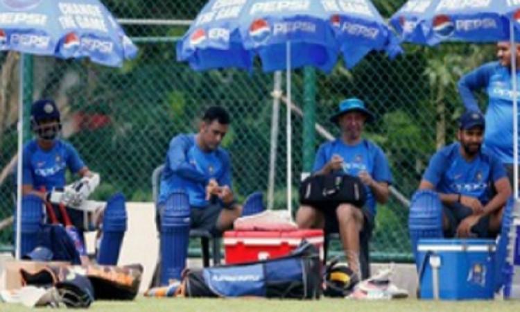 सेमीफाइनल में भारत को हार मिलते ही टीम इंडिया के इस बड़े सदस्य ने कहा अलविदा, कर दिया आखिरकार ऐलान I