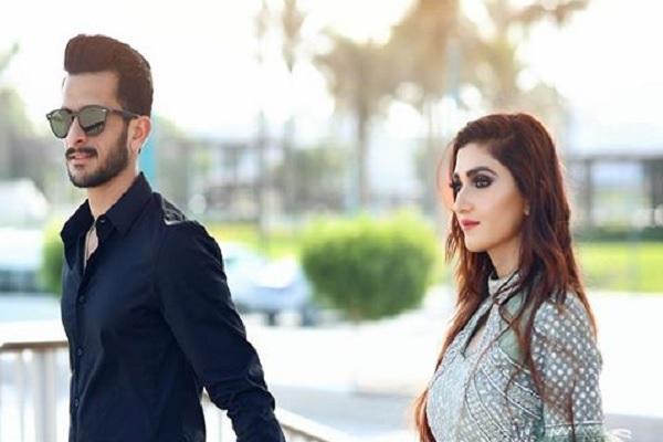 हसन अली ने शादी से पहले मनाया जश्न, साथ में दिखी उनकी होने वाली खूबसूरत वाइफ Images