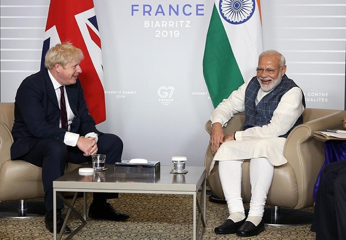 Narendra Modi and Boris Johnson