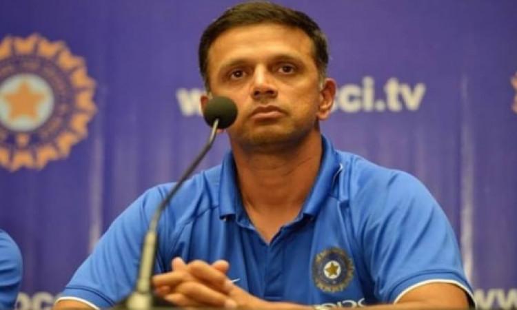द्रविड़ को बीसीसीआई का वकील तो सचिन, सौरभ, लक्ष्मण का क्यों नहीं?' Images