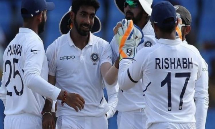 बुमराह 4 देशों के खिलाफ 5 विकेट हॉल करने वाले पहले एशियाई गेंदबाज बने ! Images