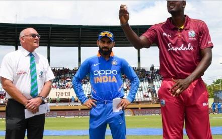 दूसरा वनडे : भारत का टॉस जीतकर बल्लेबाजी का फैसला, कोहली ने कहा नंबर 4 पर यह बल्लेबाज करेगा बल्लेबाज