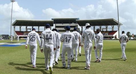 एंटिगा टेस्ट मेंवेस्टइंडीज 222 पर सिमटी, भारत को 75 रन की बढ़त Images