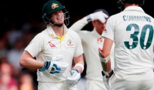 पूर्व गेंदबाज ग्लैन मैक्ग्रा ने स्टीव स्मिथ के बाहर होने के बाद कही ऐसी बात Images