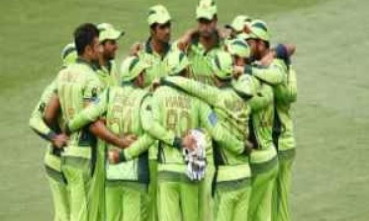 पाकिस्तान अंडर-19 क्रिकेट टीम के मुख्य कोच बने एजाज Images