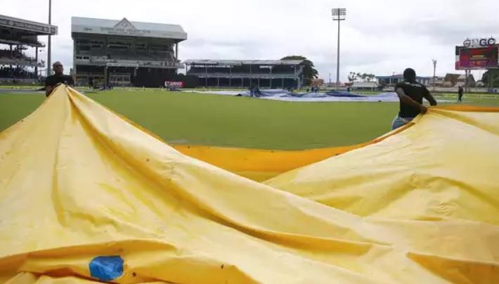 दलीप ट्रॉफी कातीसरे दिन का खेल भी बारिश के कारण धुला Images