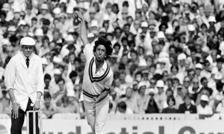 पाकिस्तान के स्पिनर अब्दुल कादिर का निधन, पीसीबी ने जताया दुख Images