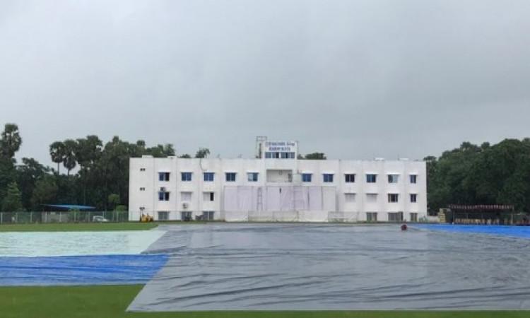 साउथ अफ्रीका - बोर्ड अध्यक्ष एकादश अभ्यास मैच का पहला दिन, बारिश की वजह से रद्द Images