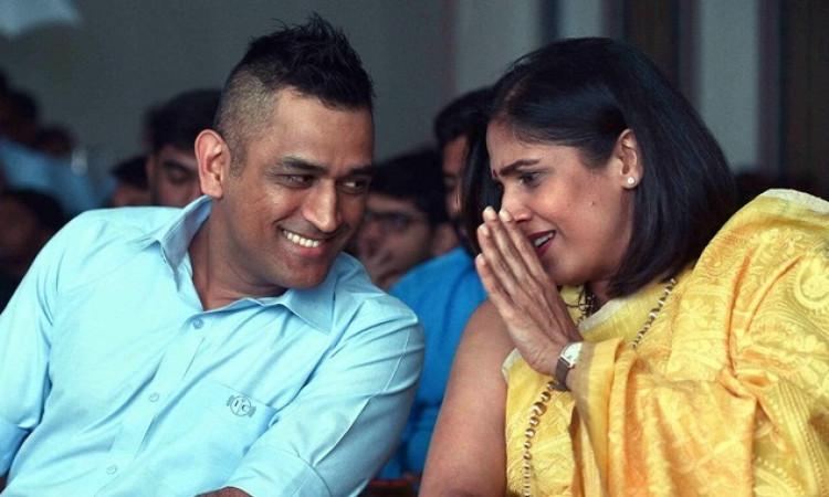 Rupa Gurunath with MS Dhoni