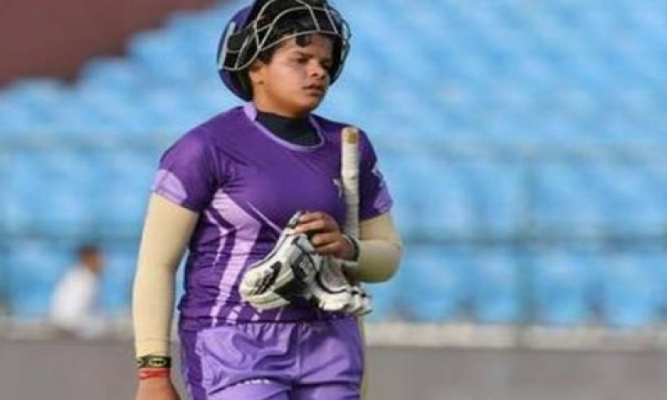 साउथ अफ्रीका के खिलाफ टी-20 सीरीज में मिताली राज की जगह 15 साल की इस महिला क्रिकेटर को मिली जगह Imag