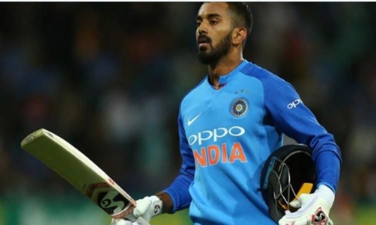 केएल राहुल की फॉर्म में वापसी, खेली धमाकेदार आतिशी पारी, केरल के खिलाफ जड़ा शतक Images