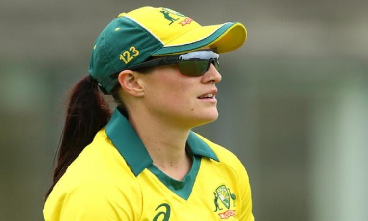 मेघन स्कट ने वनडे में हैट्रिक लेकर इतिहास रचा,आस्ट्रेलिया की एकमात्र महिला क्रिकेटर बनी Images
