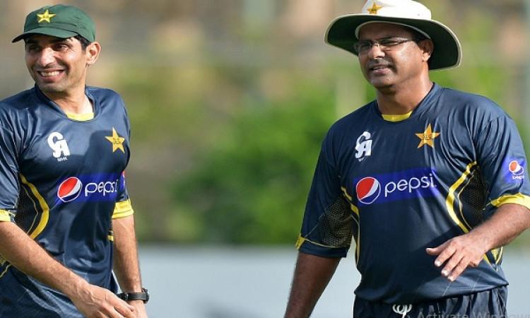 मिस्बाह उल हक पाकिस्तान के कोच और मुख्य चयनकर्ता, वकार यूनुस को बनाया गया गेंदबाजी कोच Images