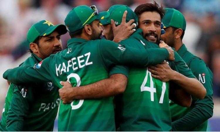 श्रीलंका के खिलाफ वनडे सीरीज के लिए पाकिस्तान टीम का ऐलान, इन खिलाड़ियों को मिली जगह Images