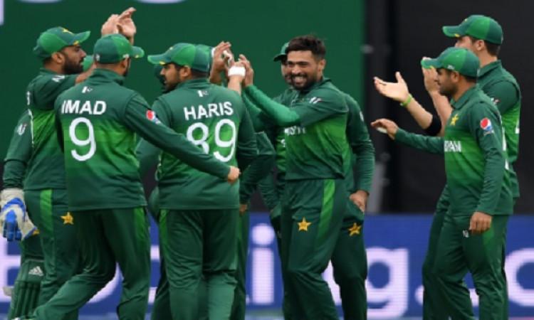 इस पूर्व दिग्गज खिलाड़ी की वाइफ ने छोड़ा साथ, पाकिस्तान की वजह से हुआ ऐसा ! Images