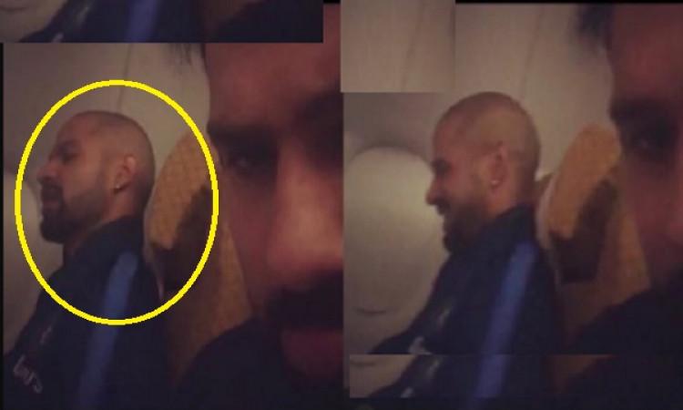 WATCH रोहित ने फ्लाइट में शिखर की वीडियो बनाई, देखिए  Images