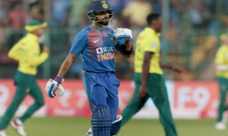 तीसरे टी-20 में भारत को मिली बुरी हार, हार के बाद भी कोहली ने कहा, सब रणनीति का हिस्सा ! Images