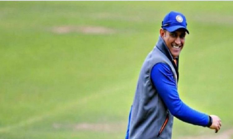 Ranchi Test: Dhoni likely to watch Ind-SA game on Saturday Images