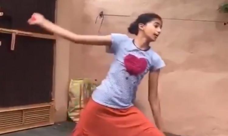 Girl emulates Harbhajan's bowling action