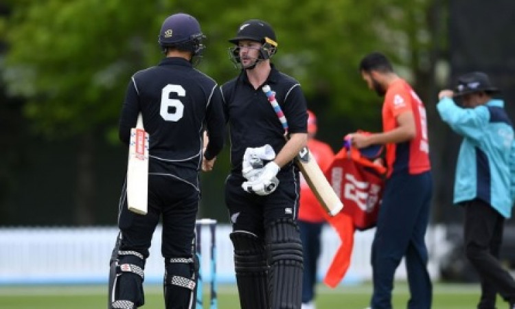 Munro hundred powers NZ XI to win over England in warm-up tie Images