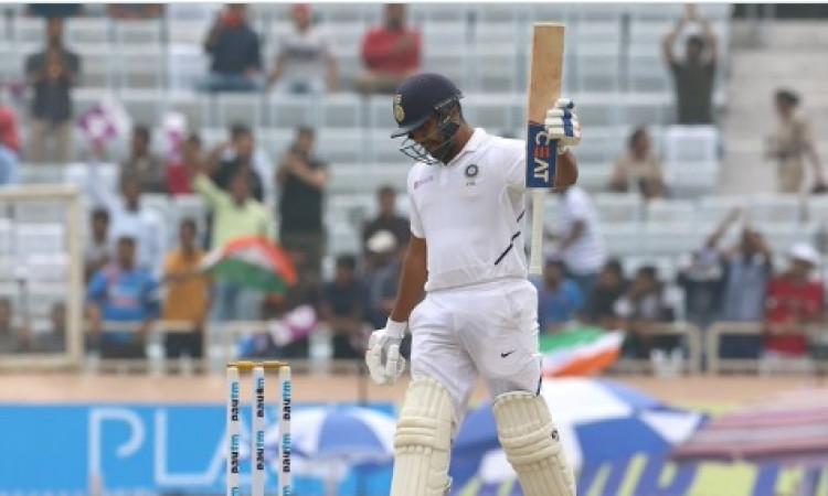 रोहित शर्मा का एक और धमाका, 150 रन बनाकर बतौर ओपनर रचा ऐसा बड़ा इतिहास Images