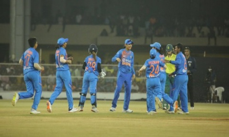 Shafali, Poonam star as India Women lead T20 series 2-0 Images