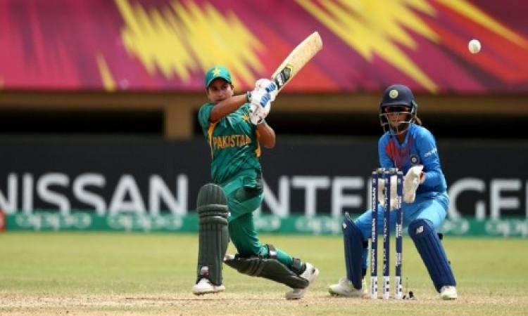 पाकिस्तान की महिला क्रिकेट टीम की इस खिलाड़ी को मिला महिला बिग बैश लीग में खेलने का मौका Images