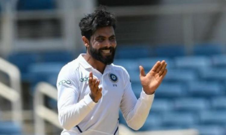 सबसे तेजी से 200 टेस्ट विकेट लेने वाले बाएं हाथ के गेंदबाज बने रविंंद्र जडेजा Images